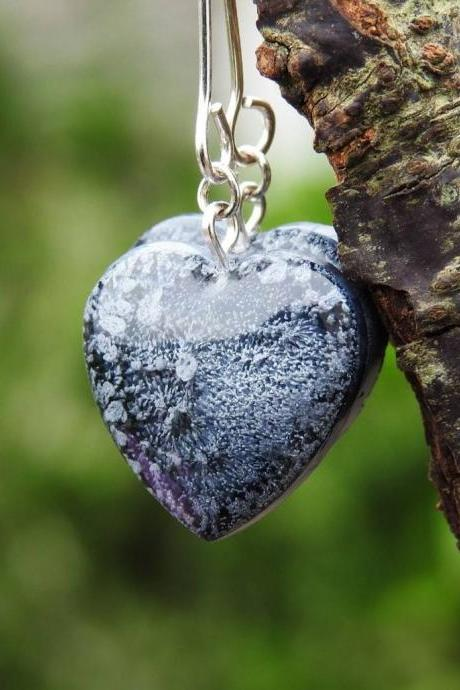 Black Petri Dish Heart-shaped Resin Earrings
