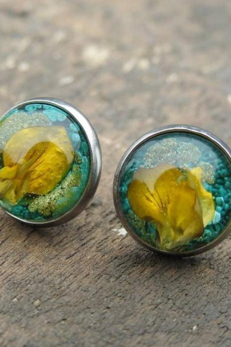Green And Gold Resin Stud Earrings With Real Flowers
