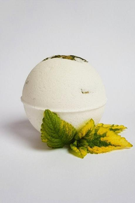 Sweet Jasmine & Lemon Balm Bath Bomb