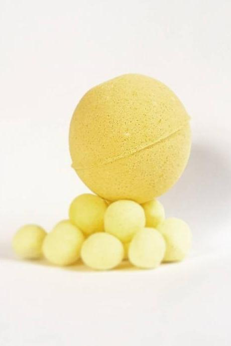 Lemon Bon Bon Bath Bomb
